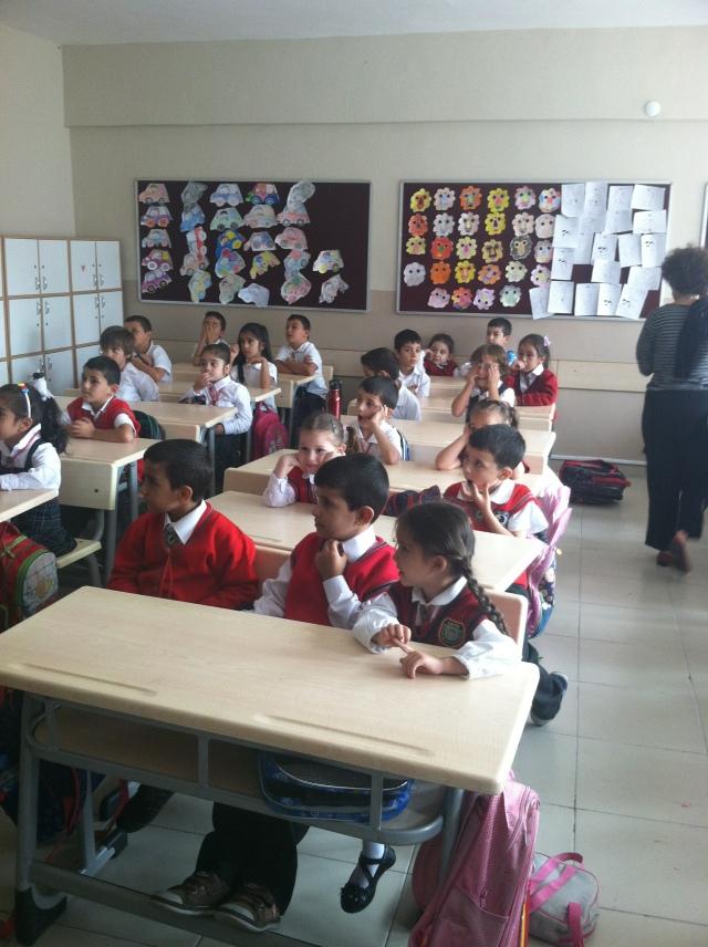Kurdish music class